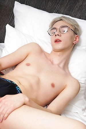 Twink Boy Dildo Play With Karol Gajda